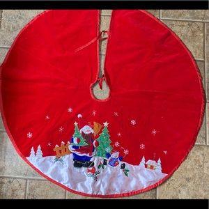 Red Velvet Tree Skirt with Snowmen